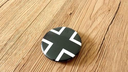 Balkenkreuz Anstecker schwarz 57mm