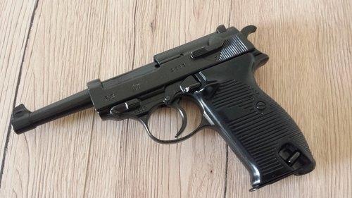 P38 Deko Modellwaffe