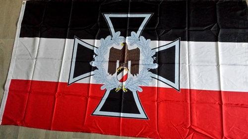 Eisernes Kreuz Reichsadler im Kranz - Fahne/Flagge