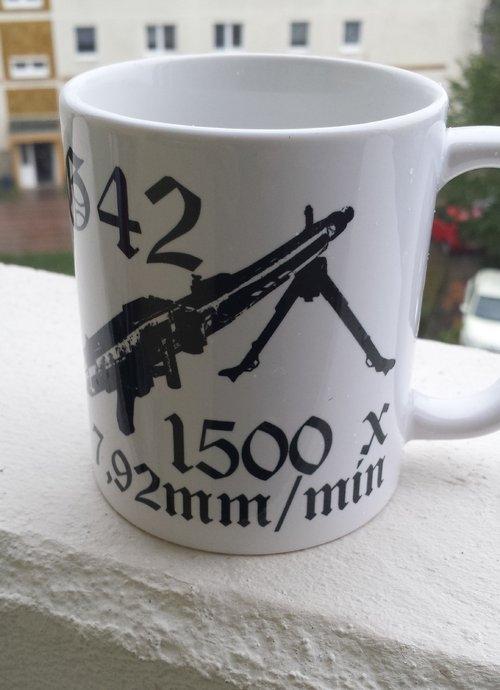 MG 42 1500 x 7,92mm pro Minute  - Tasse Rundumdruck