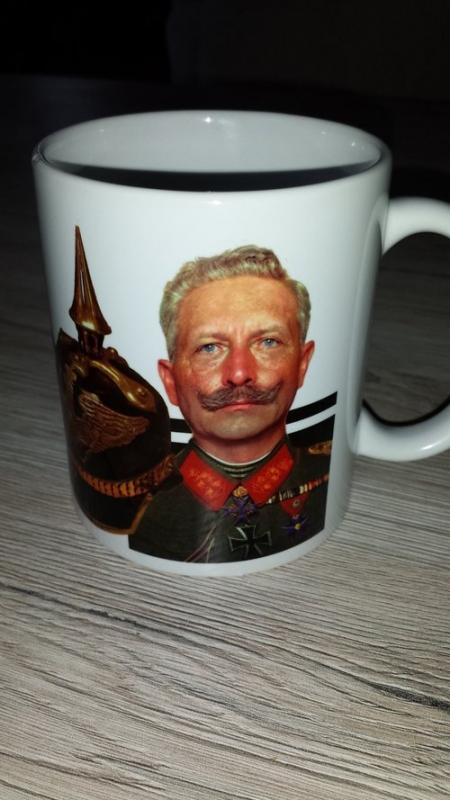Wilhelm II - Pickelhaube - Reichskriegsflagge - Tasse(Rundumdruck)