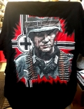 Opa war Soldat - Kein Verbrecher - T-Shirt